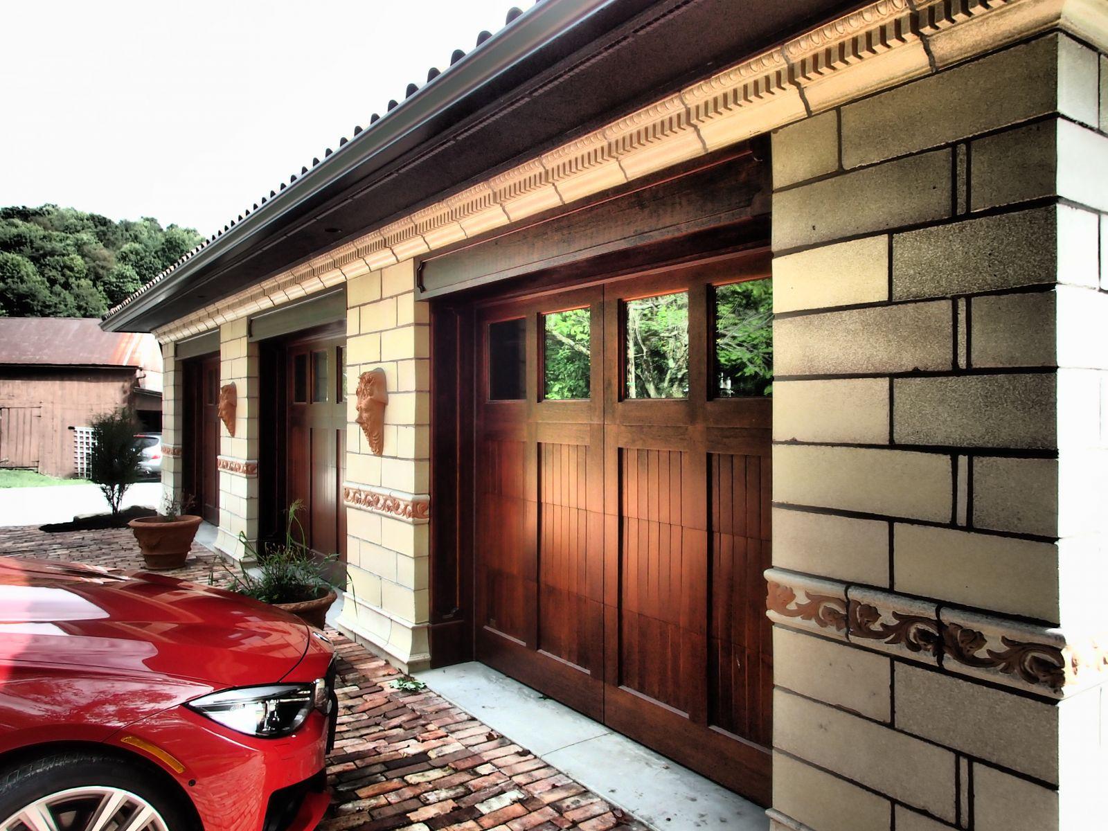 Italian Renaissance Garage  RNR Designs